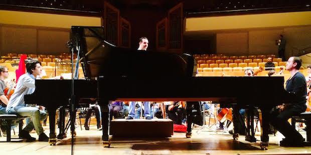 Concierto benéfico de la Partiture, dos pianos y el Trío Arbós