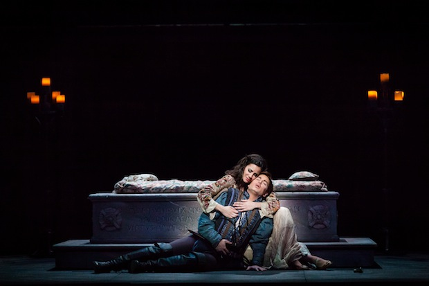 Romeo et Juliette en Austin Opera. Foto: Lynn Lane