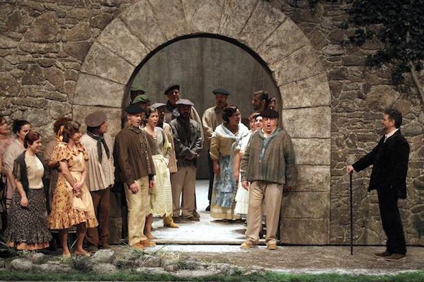 El caserío vuelve a Madrid a los Teatros del Canal