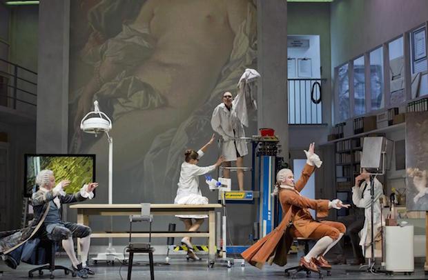 Escena de Così fan tutte en la Komische Oper de Berlín