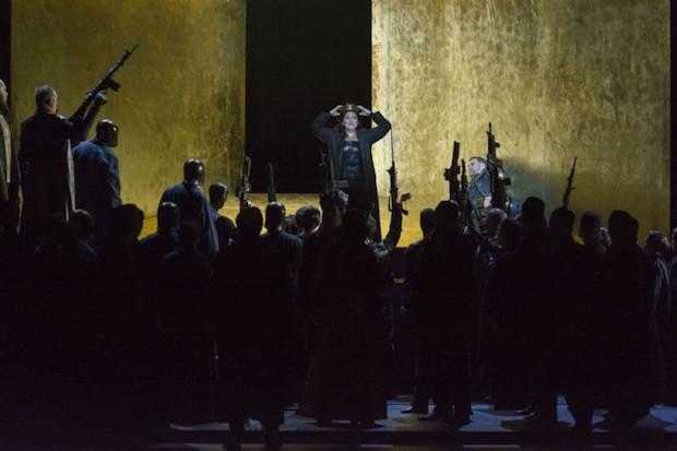 Escena de Nabucco en el Palau de les Arts