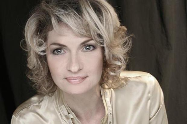 Entrevista con la soprano Annick Massis