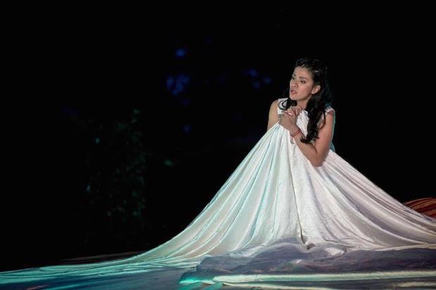 Crítica de La traviata en Rheinsberg: sobresaliente Violeta