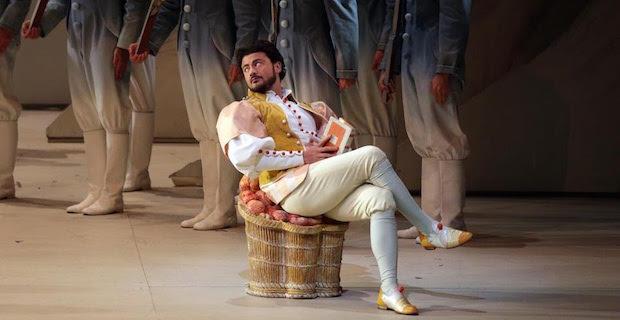"Vittorio Grigolo protagonista de ""l'elisir d'amore"" alla Scala di Milano"