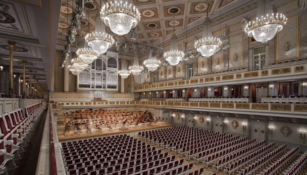 Betly de Donizetti en Berlín: entretenida y sin pretensiones