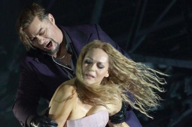 La première mise en scène munichoise du Mefistofele de Boito remporte un énorme succès