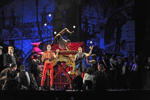 Benvenuto Cellini triunfa en el Liceu