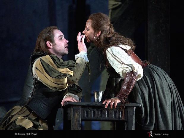 Stephen Costello (El duque de Mantua) y Justina Gringyte (Maddalena)
