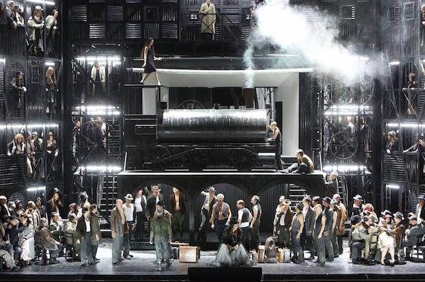 Reprise du Trouvère mis en scène par Olivier Py au Bayerische Staatsoper