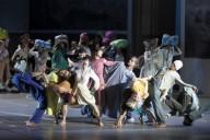 Les Indes galantes de Rameau dans la mise en scène de Sidi Larbi Cherkaoui. Photo: Wilfried Hösl