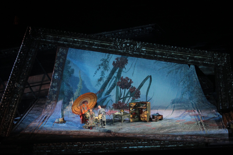 Una 'Traviata' spenta in scena all'Arena di Verona