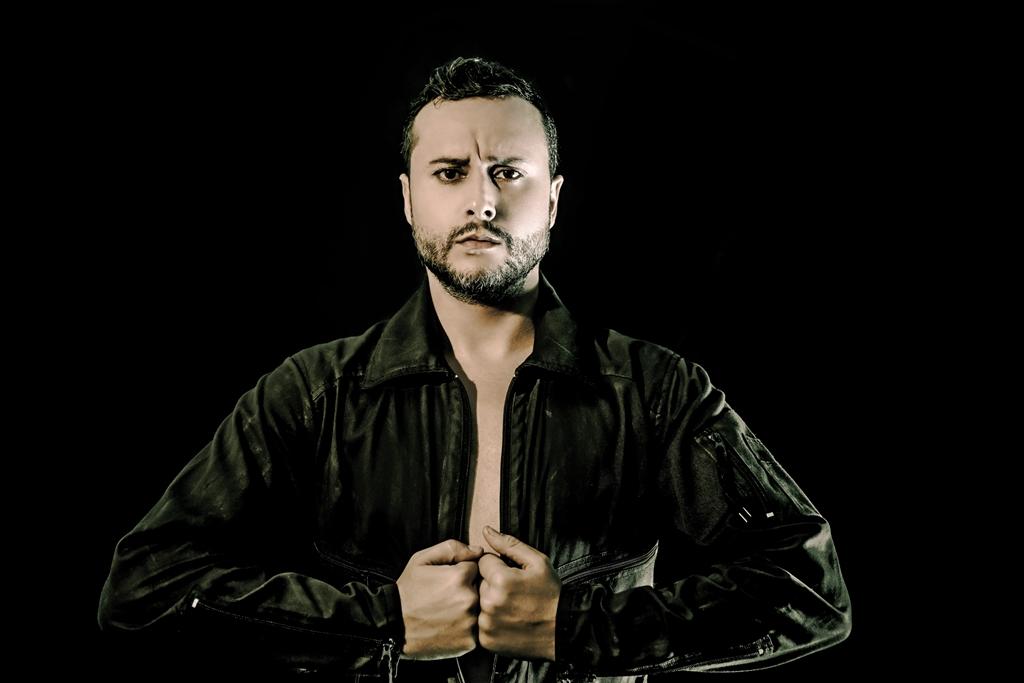 El bailarín y coreógrafo de danza española, Daniel Doña, Premio Ojo Crítico 2016. Foto: marcosGpunto