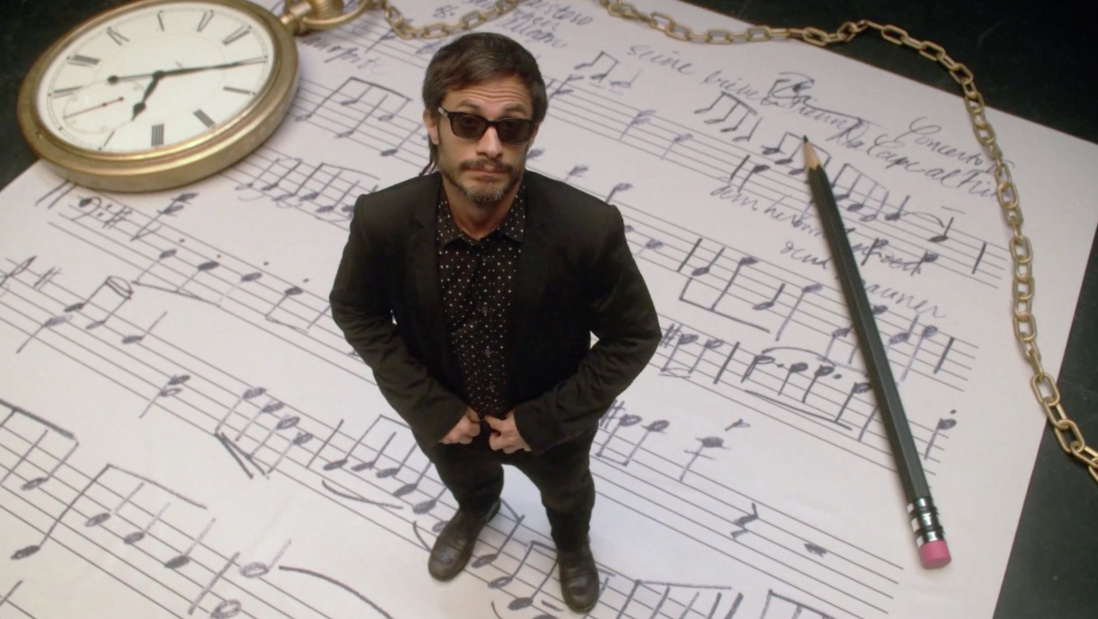 Mozart-in-the-jungle-serie-Gael-Garcia-Bernal