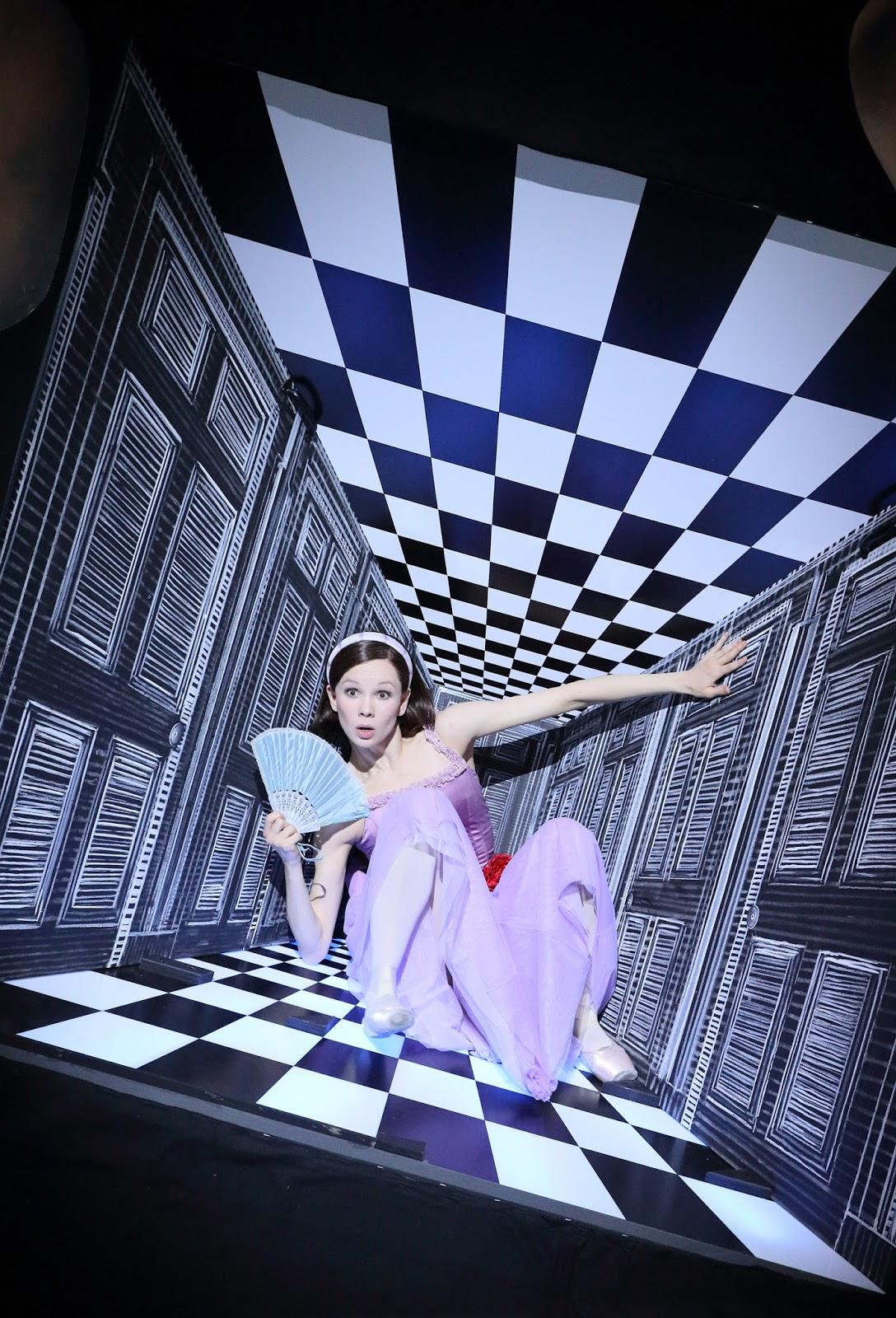 Les aventures d'Alice au pays des merveilles de Christopher Wheeldon. Foto: Wilfried Hösl