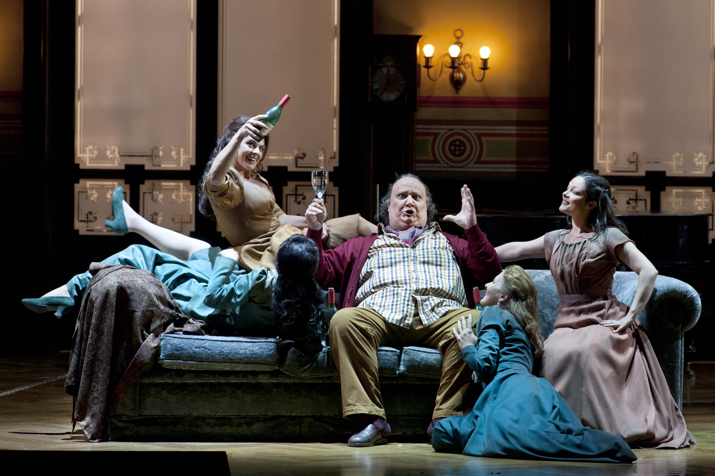 Verdi triunfa en La Scala con Falstaff y Don Carlo. Foto: Silvia Lelli