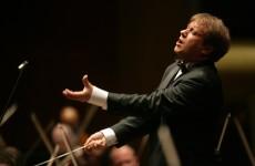 Ludovic Morlot y la SSO se ponen serios con el Requiem de Ligeti y la Quinta de Mahler