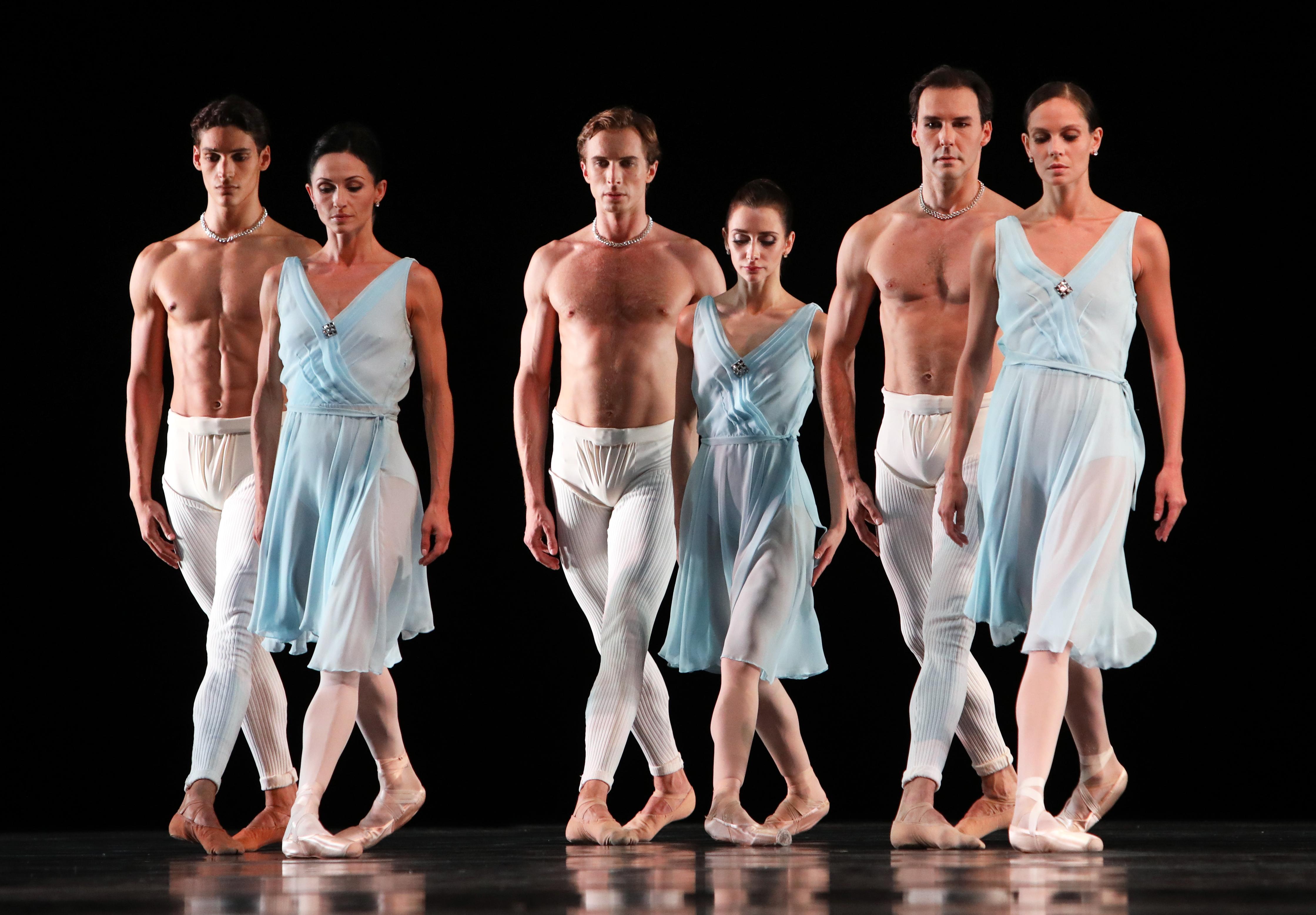 Het Nationale Ballet 'Adagio Hammerklavier' choreografie Hans van Manen. Foto: Hans Gerritsen
