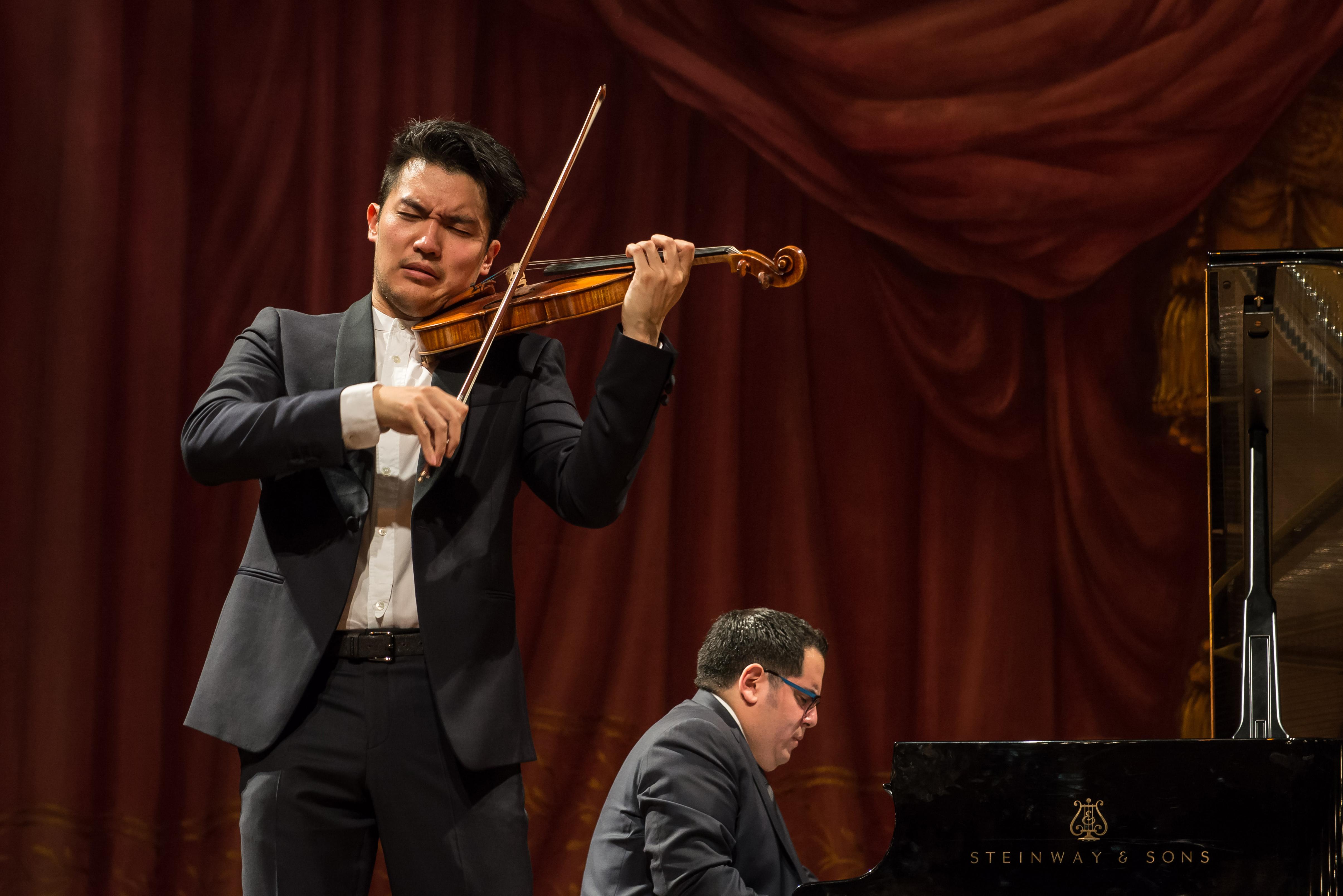 Excepcional recital de Ray Chen y Julio Elizalde en Buenos Aires