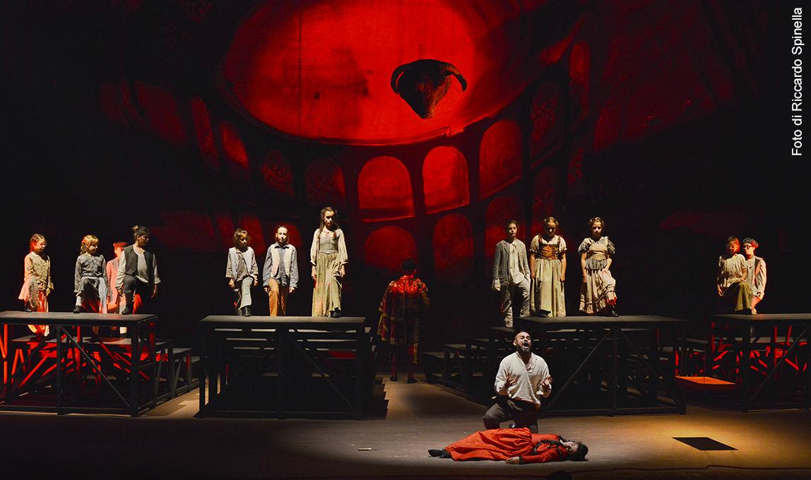 Trionfa la Carmen in Altalena a Spoleto