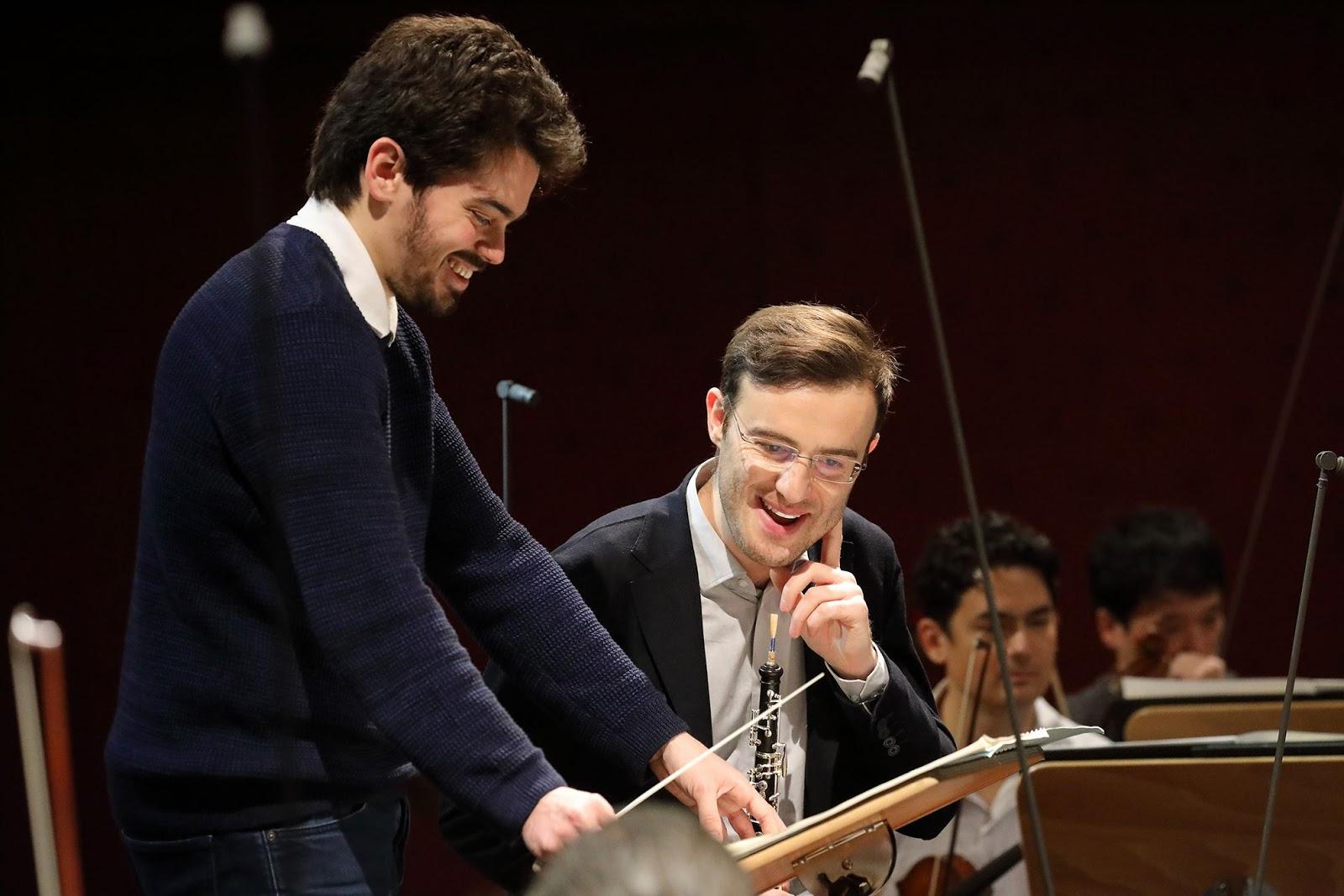 Lahav Shani et le  hautboïste solo Giorgi Gvantseladze en répétition Crédit photographique Bayerisches Staatsorchester