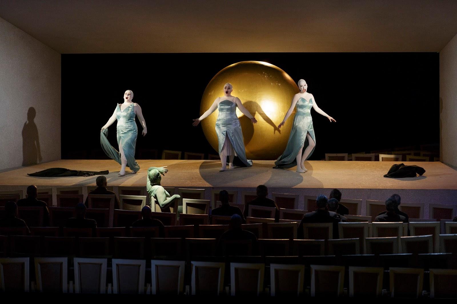 Christian Thielemann dirige un Or du Rhin visionnaire au Semperoper de Dresde