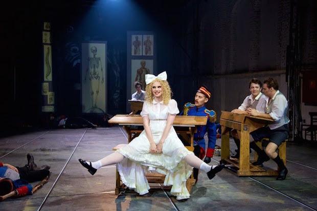 Le Theater-am-Gärtnerplatz joue une version allemande du Petit Faust de Hervé