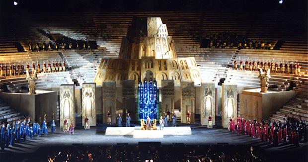 Arena di Verona e Nabucco: connubio perfetto all'insegna della continuità