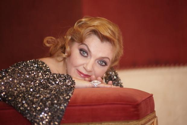 [VIDEO] Entrevista a Elisabete Matos, soprano dramática[VIDEO] Entrevista a Elisabete Matos, soprano dramática