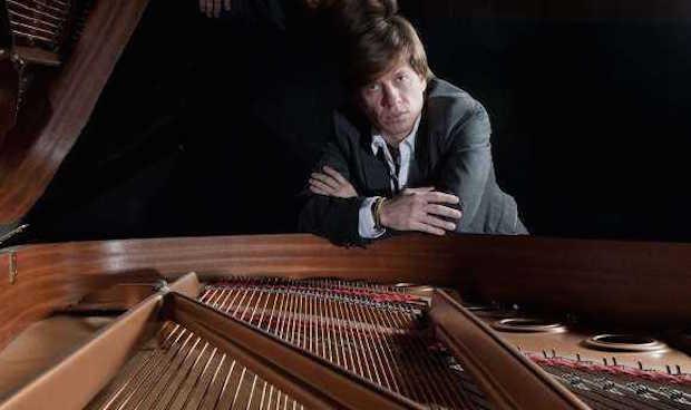 El pianista Mario Prisuelos, estrella del Festival Extravaganza de Sofía