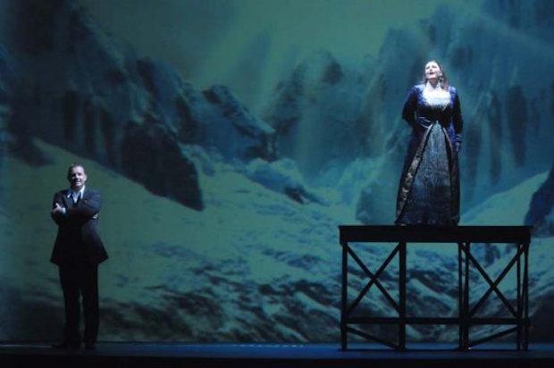 Apasionante programa doble en A Coruña: Barbazul y Suor Angelica