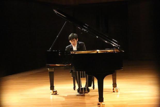 Recital del pianista chino Haochen Zhang en Mexico D.F