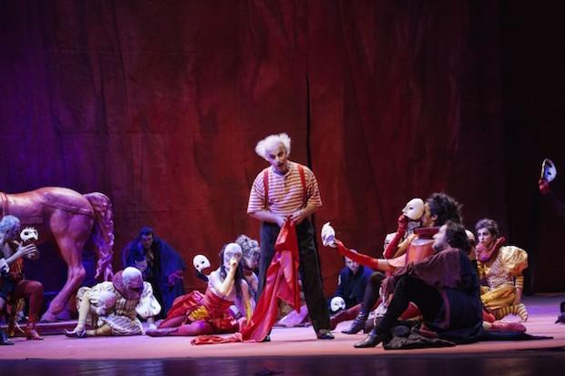 Rigoletto al Teatro dell'Opera di Firenze: Il Circo dei piaceri e della vendetta