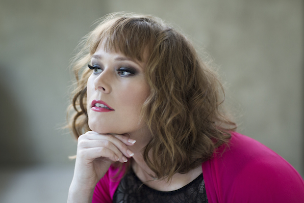 """Jessica Pratt: """"¿Para qué cantar roles nuevos que alguien ya canta mejor que yo?"""""""
