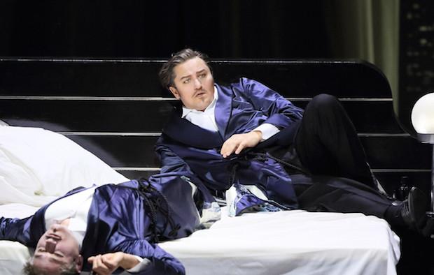 Extraña producción de Un ballo en Munich, estupenda dirección y...manca la diva!