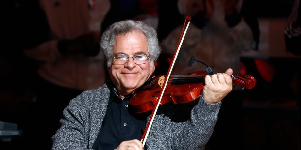 Itzhak Perlman and Rohan da Silva, a magical connection in Seattle. Photo by Jim McIsaac/Getty Images)
