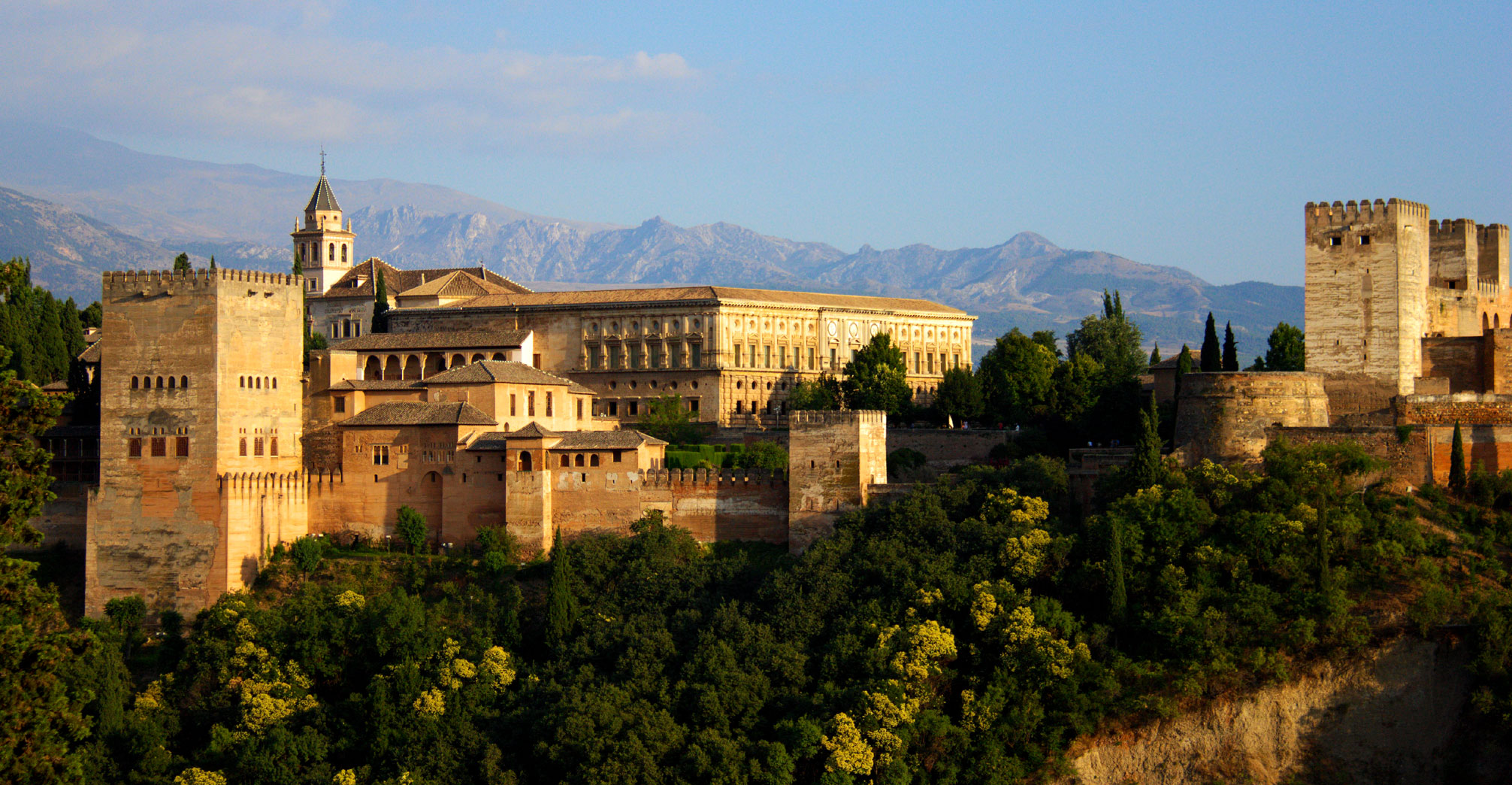 """La Orquesta Ciudad de Granada convoca el I Concurso Internacional de Ópera """"Mozart"""" de Granada"""