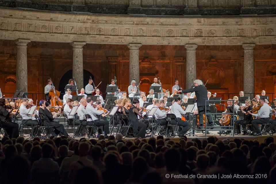 La magia de Simon Rattle impresiona en Granada. Foto: José Albornoz