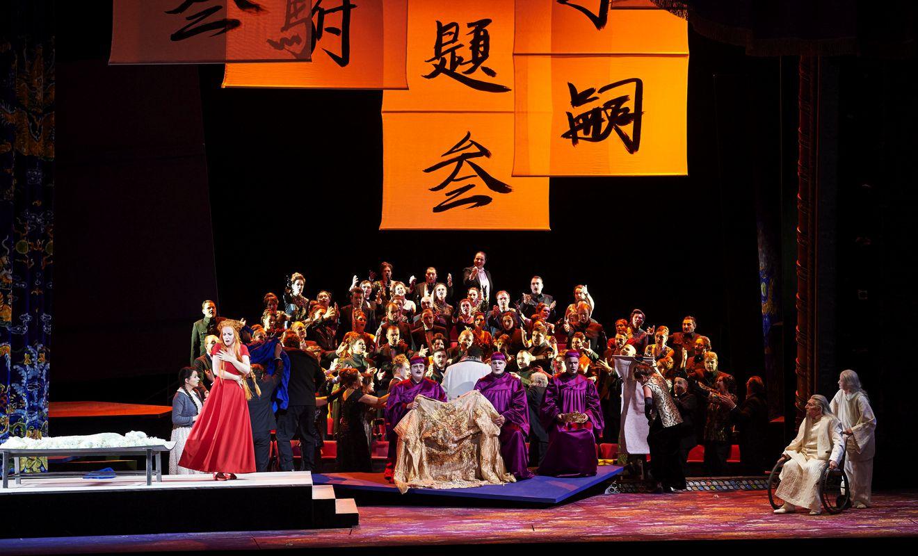 Una Turandot intimista en Viena con una gran orquesta