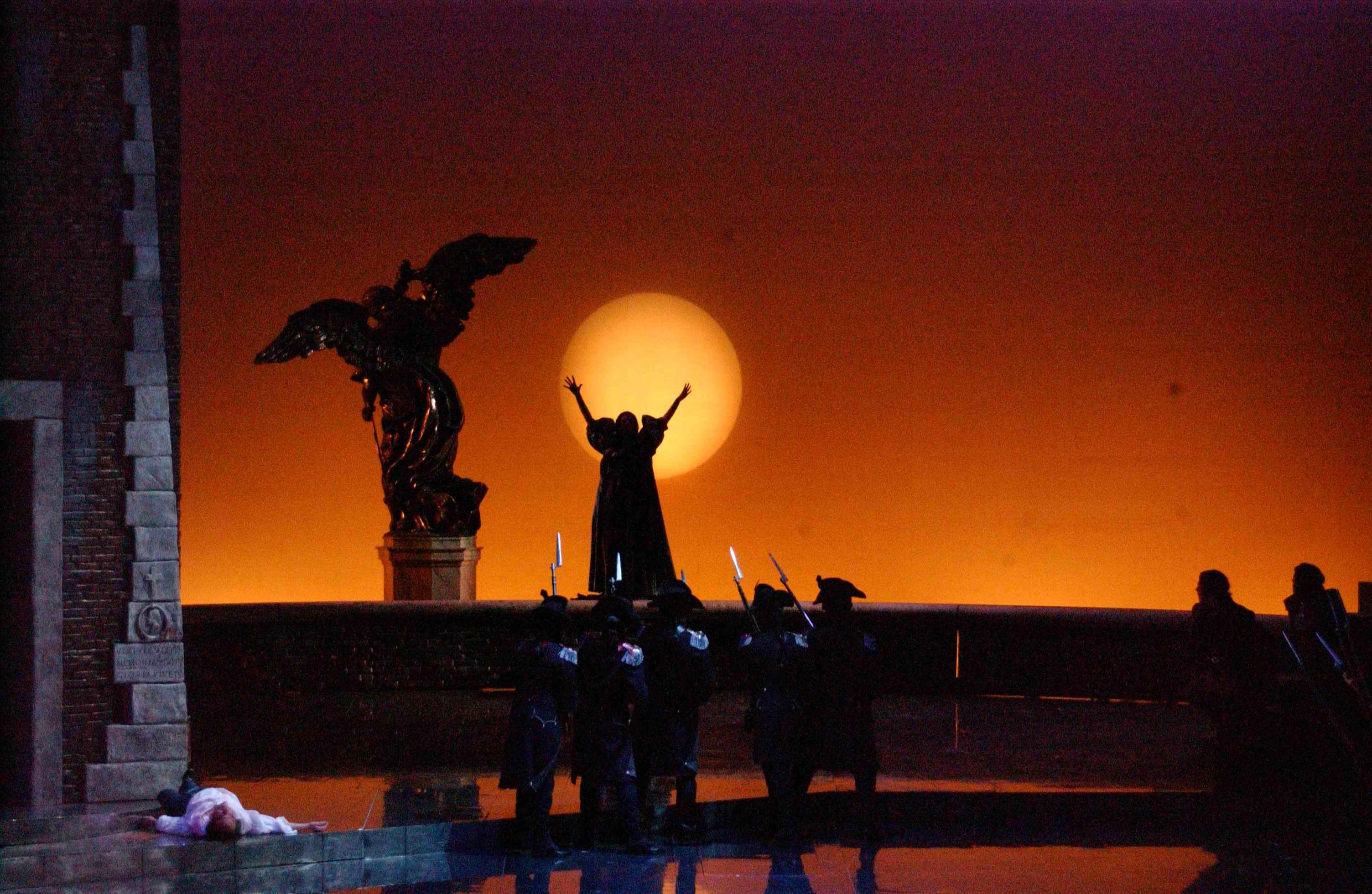 Tosca va in scena al teatro Filarmonico di Verona