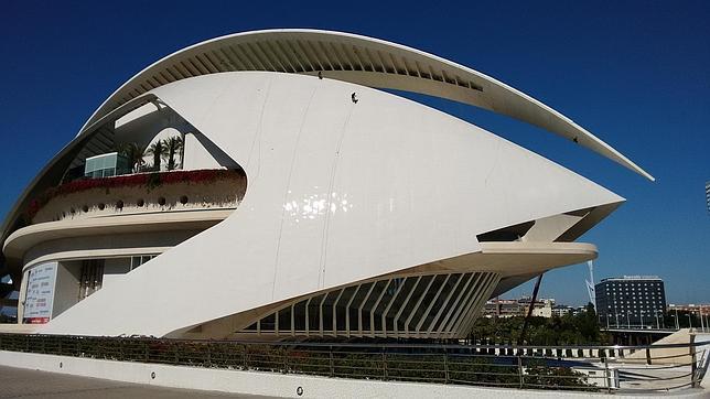 El nuevo Patronato de Les Arts aprueba el inicio del proceso de selección para la Dirección Artística del coliseo operístico