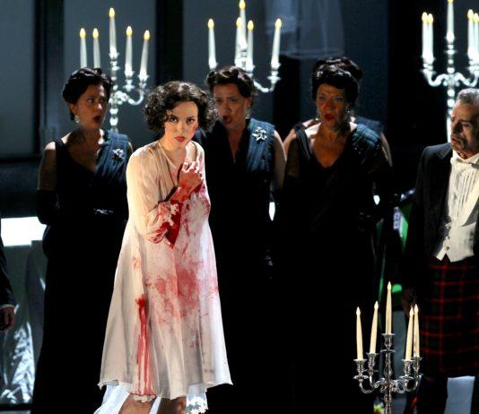 Lucia di Lammermoor al Carlo Felice di Genova