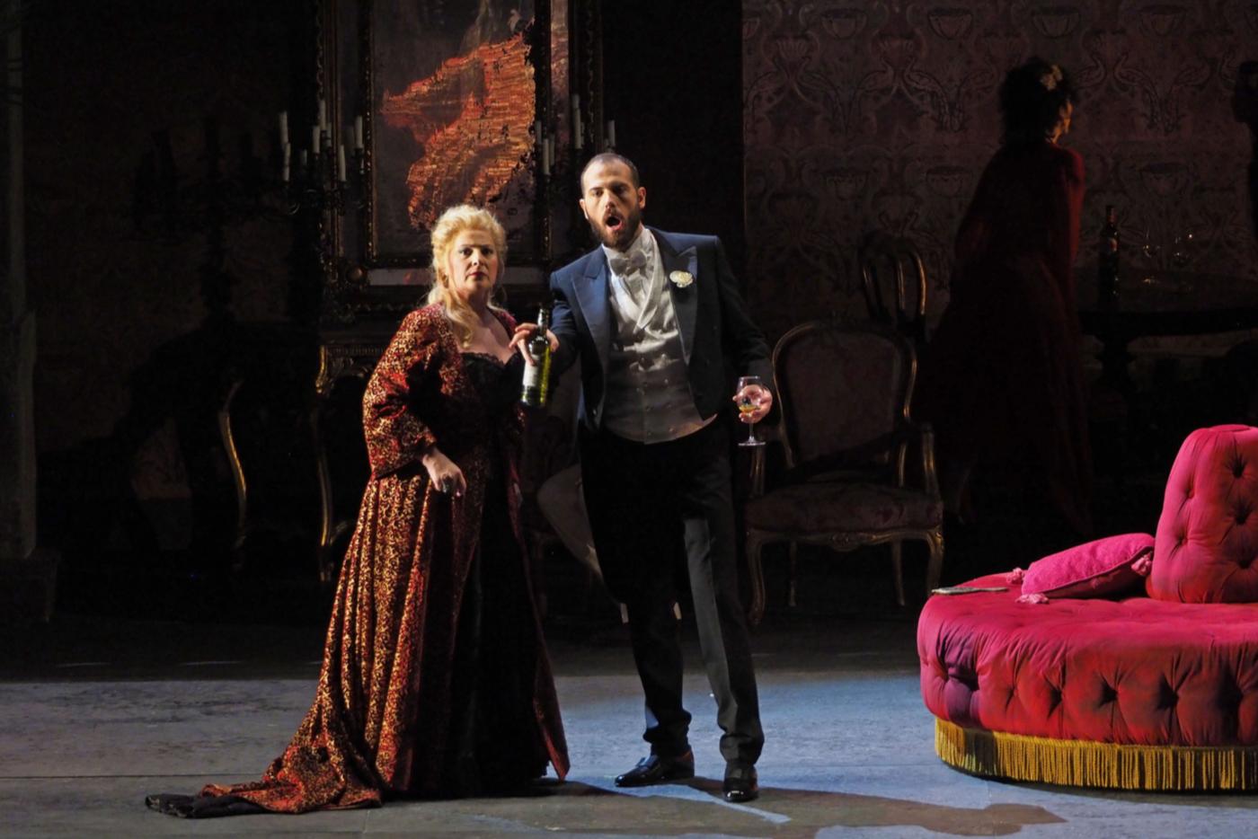 Un mejorado Jorge de León en la Manon Lescaut del Liceu. Foto: A. Bofill