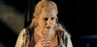 Sieglinde (Anja Kampe). Les photos sont d'Enrico Nawrath© Bayreuther Festspiele