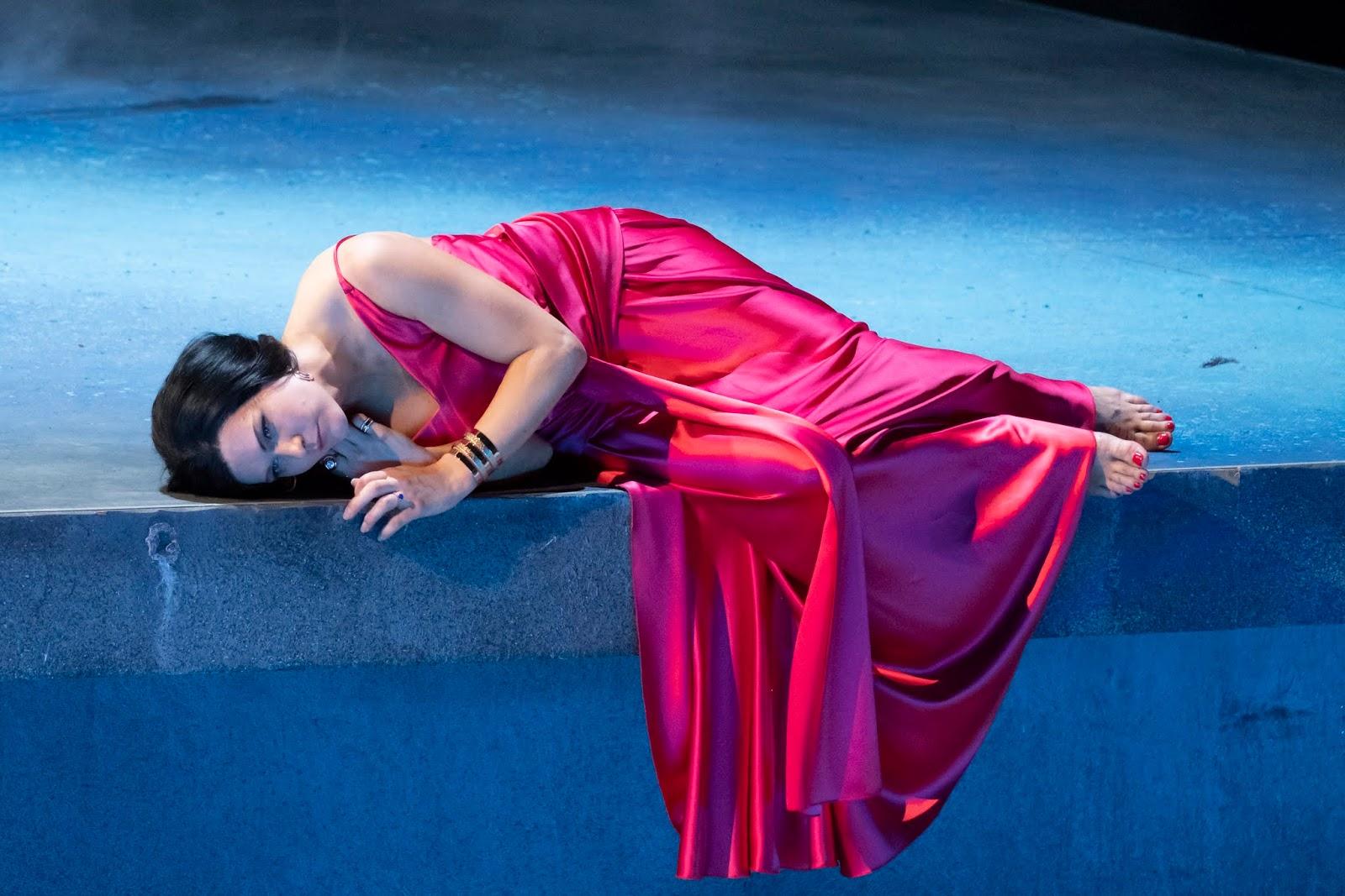 Didone (Viktorija Miskunaité)© Innsbrucker Festwochen / Rupert Larl