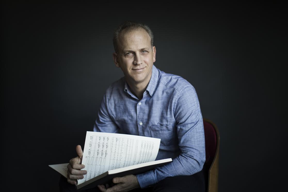 Carlos Miguel Prieto nombrado director del año 2019 por Musical America
