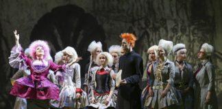 Rebecca Nelsen(Annina Girò),Drew Sarich(Antonio Vivaldi)©Barbara Pálffy/Volksoper Wien