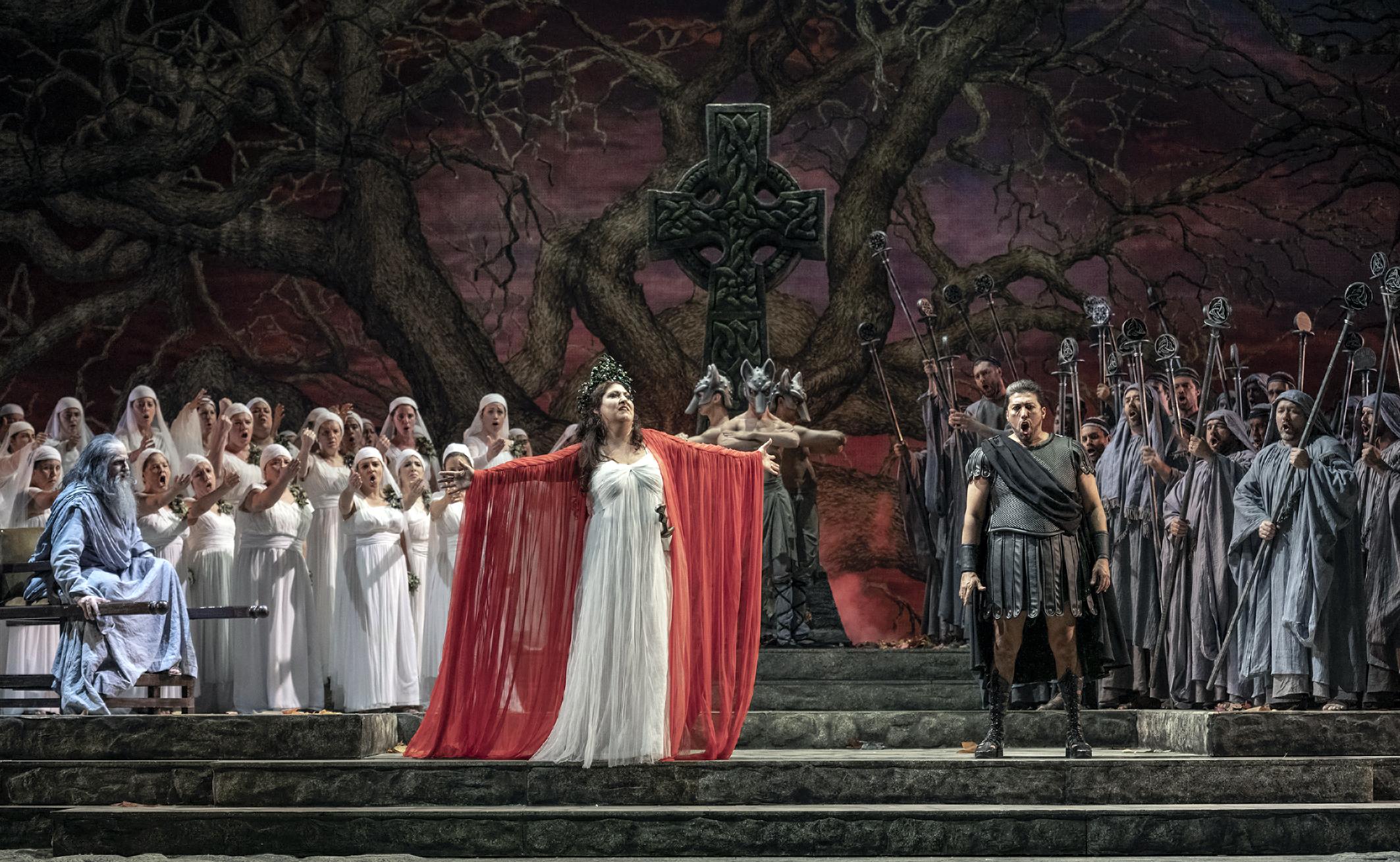 Norma en el Teatro Colón de Buenos Aires