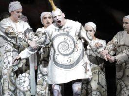 La Fura dels Baus enchante le Karl V d'Ernst Křenek à l'Opéra de Munich.
