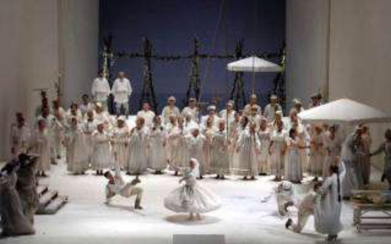 Estupenda la producción de Götz Friedrich para Eugene Oneguin en Berlín