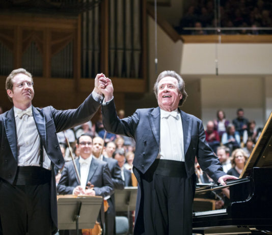 Tebar dirige a un inspirado Buchbinder en el primer concierto de Brahms